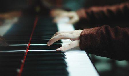 Mình chơi đàn piano để giúp bản thân tốt hơn, mình không cạnh tranh với người khác. Đó là những thứ mình có được vào thời điểm hiện tại.
