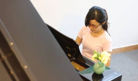 Đừng ngại mình đã lớn tuổi mà không bắt đầu học piano từ hôm nay
