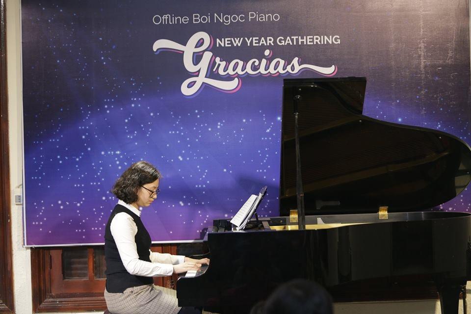 Chi Thanh Huong - Em gai mua o Gracias tai Ha Noi